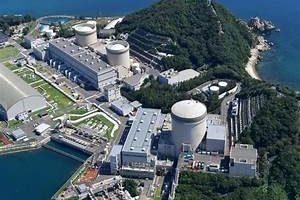 4月8日 老朽原発再稼働中止求め福井県議会に集中行動